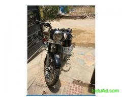 I am selling my Royal Enfield Classic 350 CC, black color