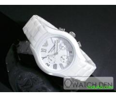 Watch that gives a royal look to Diva's personality