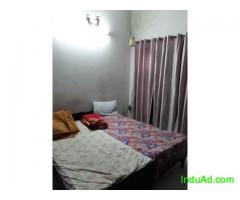 PG FOR GIRLS NEAR PRAYAG HOSPITAL