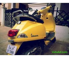Vespa 2011just 14800 km run.